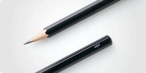 無地鉛筆をラインナップ